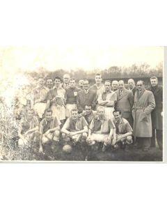Kent amateur team photograph of a Kent Amateur Cup Final Season 1957-1958