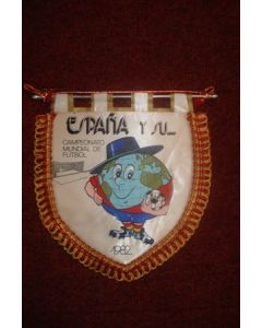 1982 World Cup in Spain Pennant, 21 x 20 cm